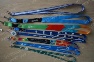 Dây đeo thẻ in chuyển nhiệt nhiều sắc màu