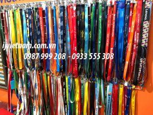 Sản xuất dây đeo thẻ theo yêu cầu